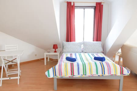 NICE APARTMENT IN COLOGNE - Apartment