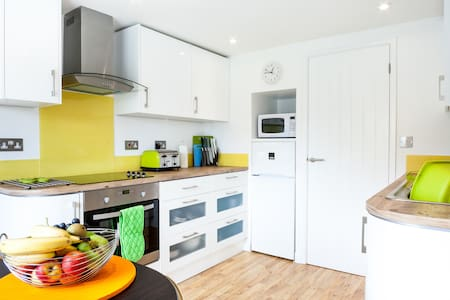 1 Bedroom Apartment nr Mawgan Porth-perfect for 2! - Trevarrian - Lägenhet