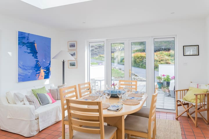 Ocean Facing End-of-Terrace home - Kilkee - Casa