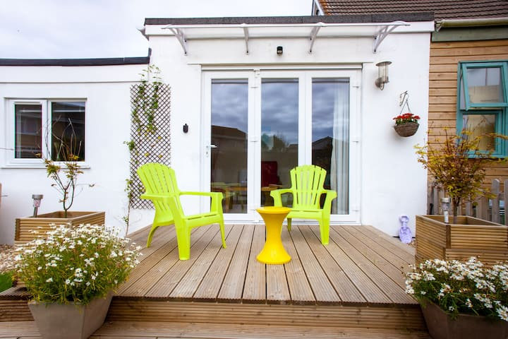 1 Bedroom Apartment nr Mawgan Porth-perfect for 2!