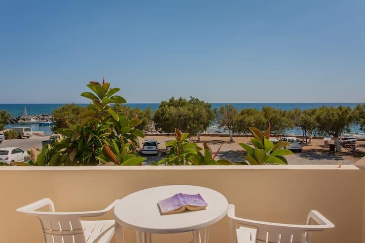 Beach & Mountain, Room w/ a view-2 to 4 PER - Frangokastello