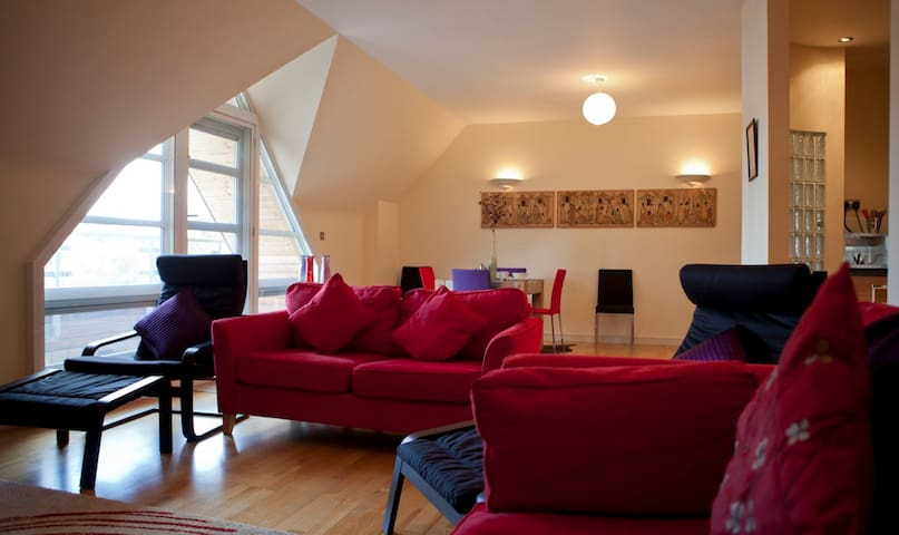 2 Bed Penthouse in Central Ipswich - Ipswich - Flat
