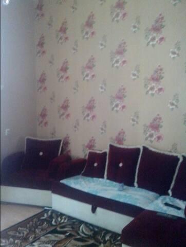 3-х комнатную квартиру в центр - Sokhumi