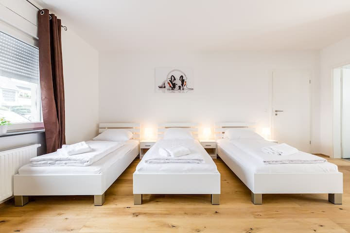 BO9 Apartment in Bergisch Gladback - Bergisch Gladbach