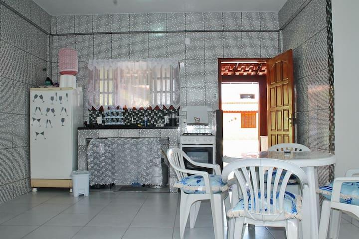 kitnet mobiliada na praia de Jaconé - Saquarema - Casa