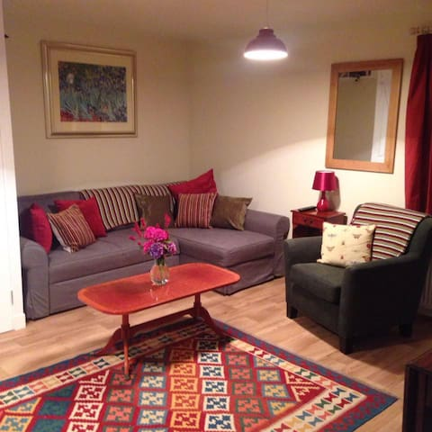The Cosy Bothy, Pathhead Farm - Kirriemuir
