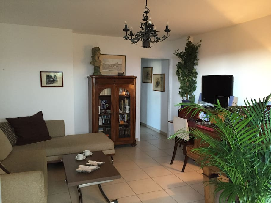 Chambre hyper centre annecy appartements louer for Chambre a louer annecy