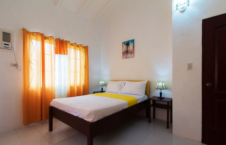 Celvis Vacation Cottages - Panglao - House