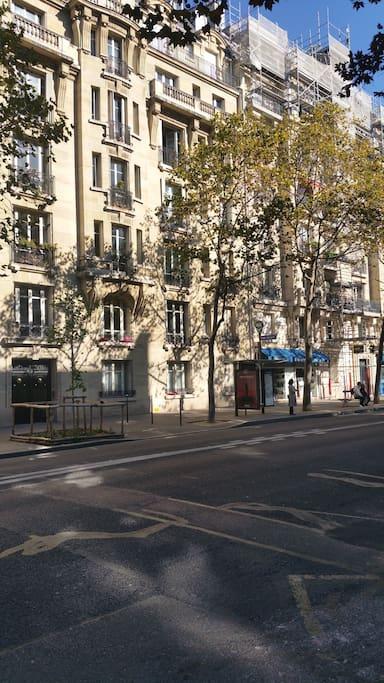 appartement proche le saint louis 75004 apartments for rent in paris le de france france. Black Bedroom Furniture Sets. Home Design Ideas