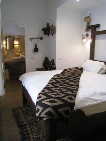 Chambre Todra - Essaouira - Bed & Breakfast