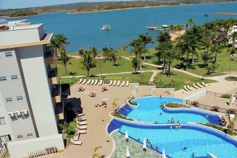 Marina Flat localizado às margens do Lago Corumbá