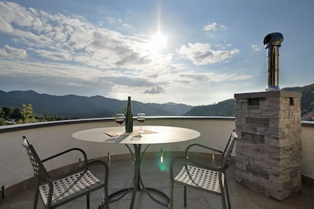 charming Ligurian House-Tower-Park  - Velva