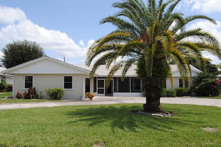 SW Florida Coastal Living - Nokomis