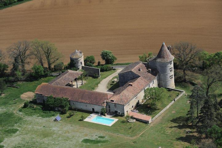 Château Gersois du XVIème siècle - Labrihe - Slott