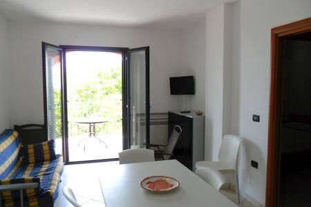Sea Front House / La Casa sul Porto - Marina di Camerota - Apartment