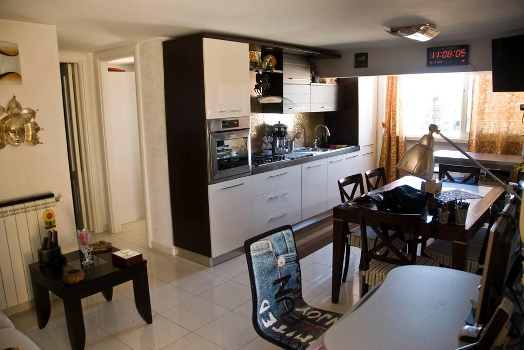 Glicini apartment centocelle appartamenti in affitto a for Appartamenti centocelle roma