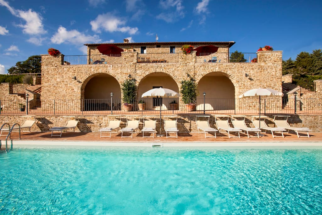 la grande piscina di Villa Gosparini