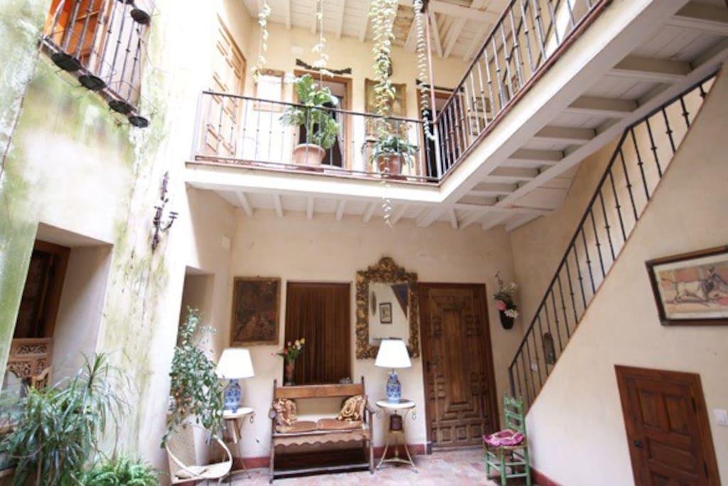 Una habitacion ba o privado ca houses en alquiler en for Alquiler de casas en brenes sevilla