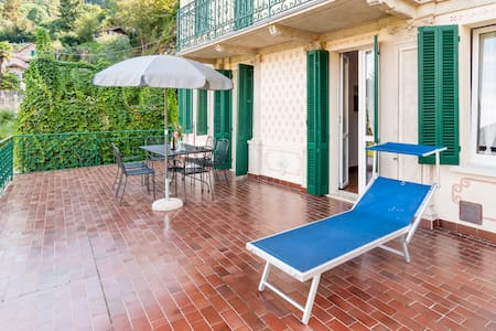 Apartment in old villa for FAMILIES - Tronzano Lago Maggiore - Wohnung