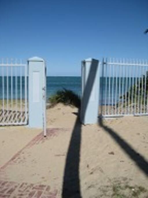 Gate to the beach!