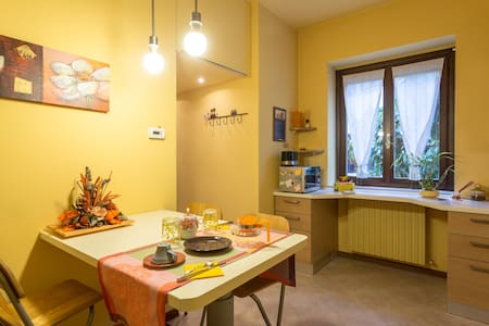 Two amazing floors+parking near Lake&Center - Desenzano del Garda - Departamento