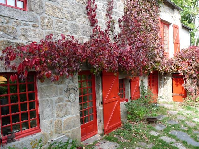 Pouzols - Saint-Jeures - Casa