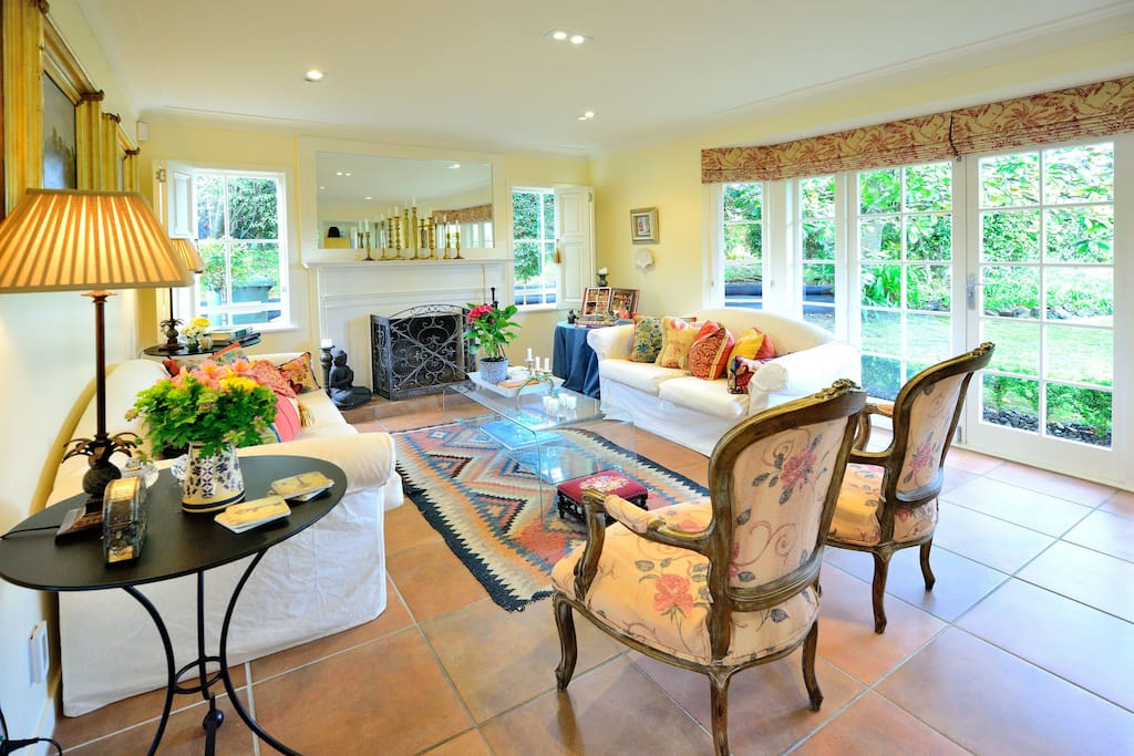 Maison Du Bois Bed and Breakfast - Bed and breakfasts for Rent in Auckland, Auckland, New Zealand