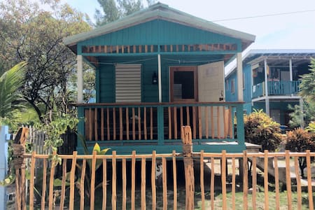 The Stoned Crab Hideaway Cabana - Caye Caulker - House