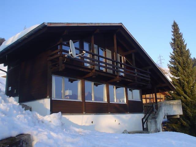 Ferienhaus an prachtvoller Lage - Hasliberg - House