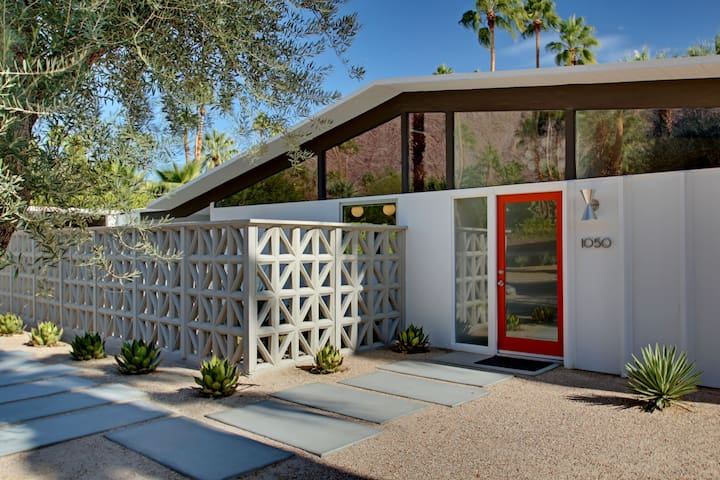 Discounted Weekly Rates - Midcentury Modern Gem