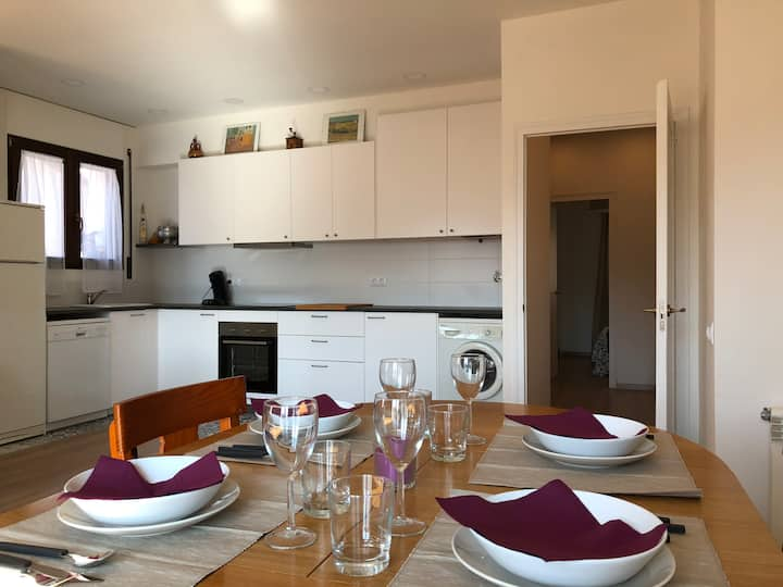 Apartament acollidor en un entorn privilegiat