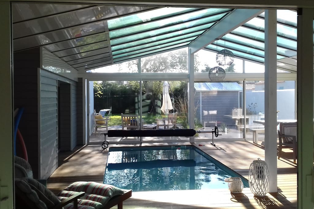 Villa avec piscine interieure les sableaux maisons for Piscine noirmoutier