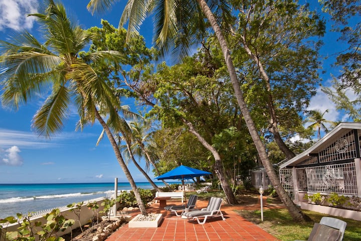 Villa West We Go in Sandy Lane, St James by Personal villas - Beachfront and with Spectacular Views