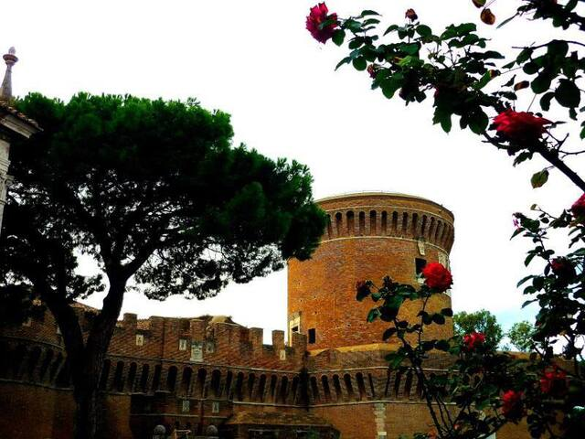 The Castle & the Beach of Rome