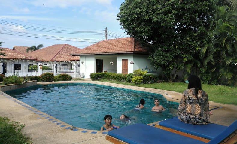 英伦乡村别墅 - 帕塔亚 - Casa de campo