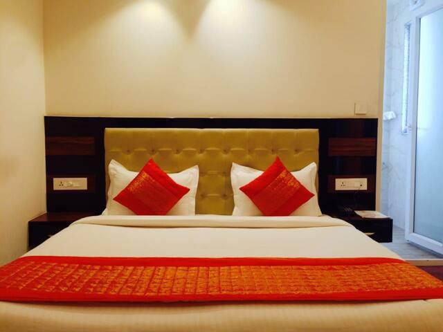 Room near Altran, Sector 48, Gurgaon