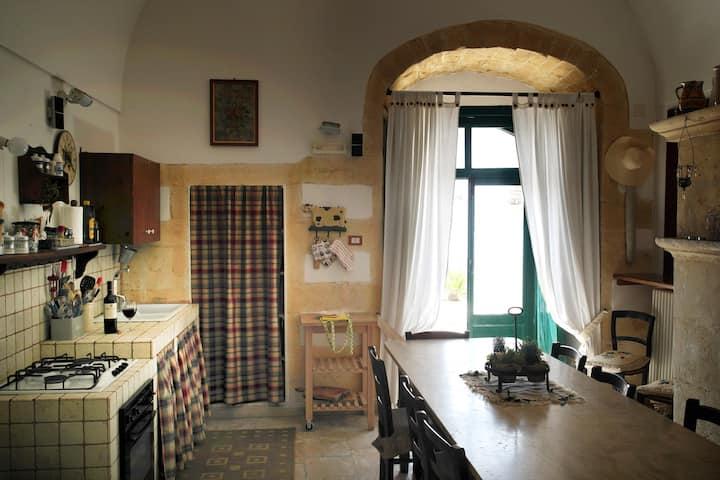 VILLA BASSO GARGANO,appartamento, giardino e vista