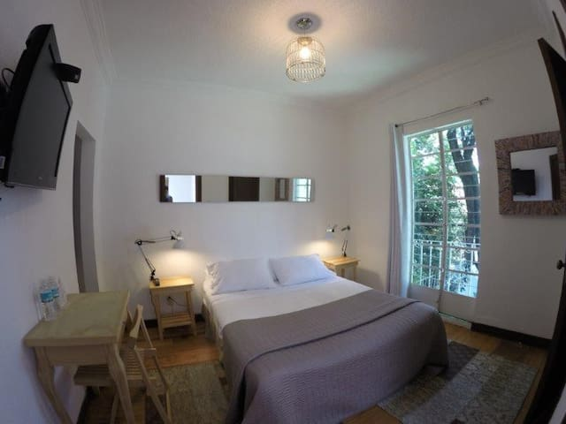 Queen size Room with Balcony