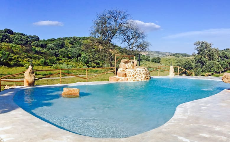 Holiday cottage wiht amazing swimming pool