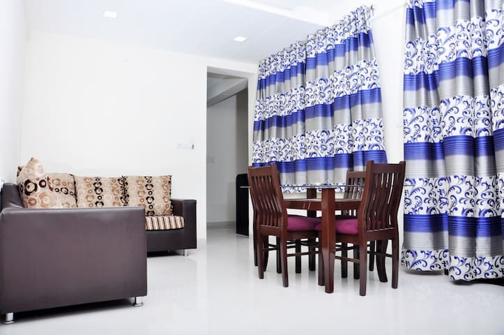 Lovely 2BHK home in Nibm with WiFi