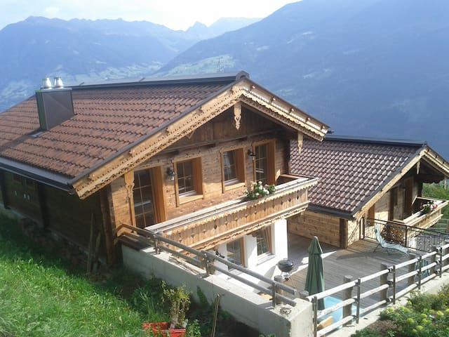 Ferienhaus Hochzillertal,8 - 10 Personen/Zillertal - Aschau im Zillertal - Huis