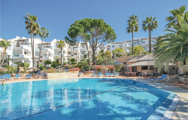 Holiday apartment with 2 bedrooms on 75m² in Mijas
