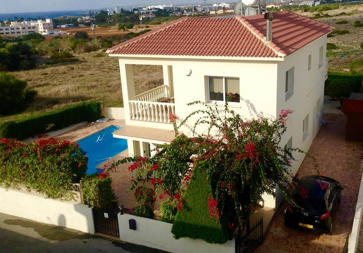 Villa Mespila -3 beds/Pool/Sea Views - Nissi Beach