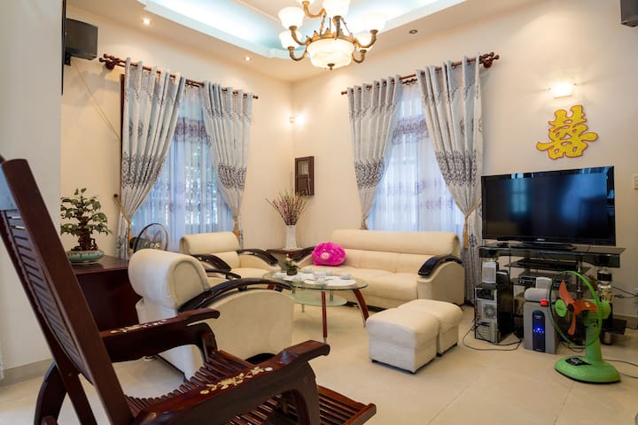 Welcome to the Villa with all the comforts of home