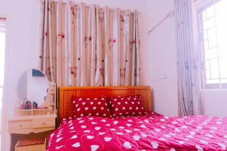 #2- Bright apartment in Korean town (My Dinh area)