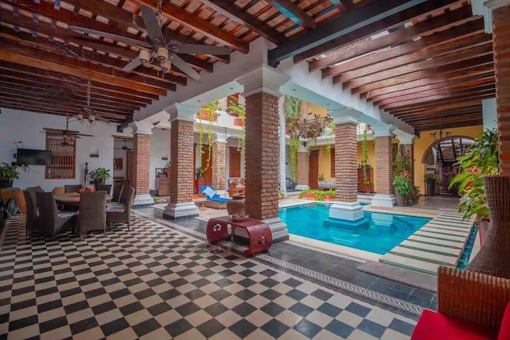 Hermosa casa en el Centro Histórico de Santa Marta
