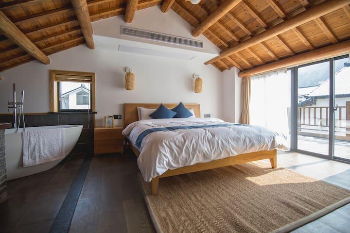 乐竺阳光露台大床房,灵隐寺步行路程的家,聆听穿越千年的悠远钟鸣 - 杭州 - 別荘