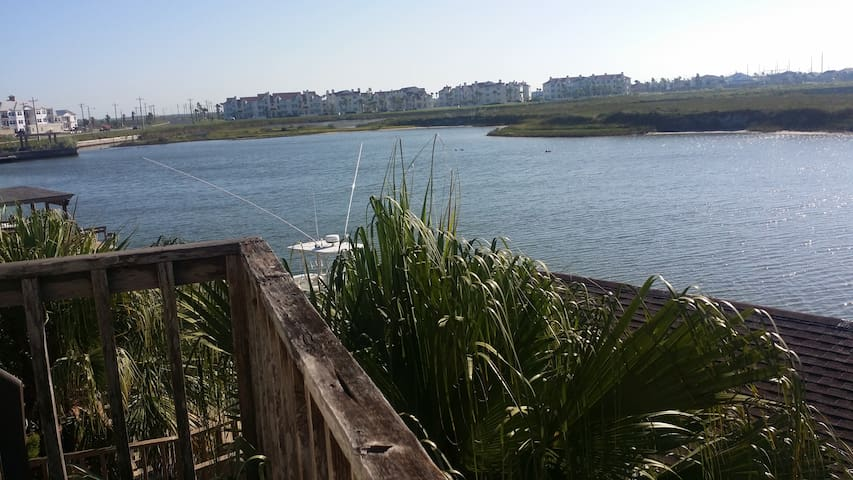A7 Padre Island Waterfront Condo-Super View!