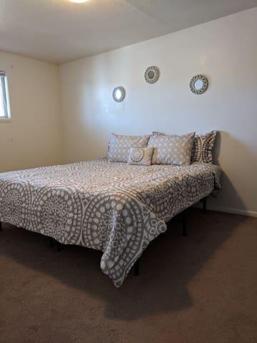 Bedroom 1 King bed