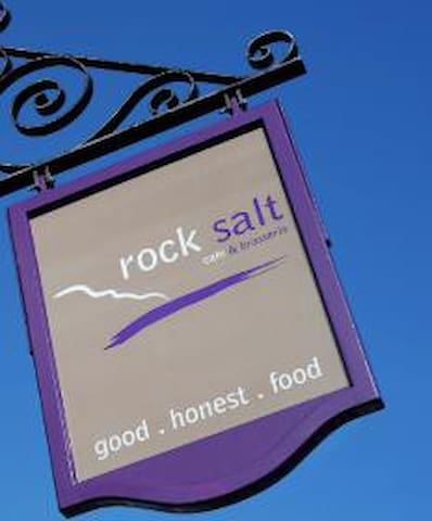 Guests like the breakfasts at Rocksalt and that it is only 5 minutes walk away.